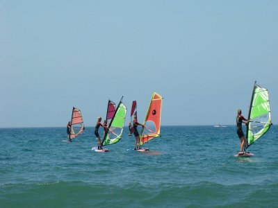 5-Day Windsurfing Initiation Course in Valencia