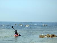Navegando en kayak en Tarifa