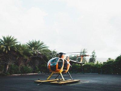 Romantico pacchetto di elicotteri e limousine a Barcellona
