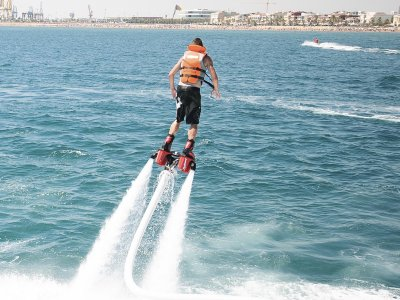 Flyboard Session in Valencia 30 Minutes