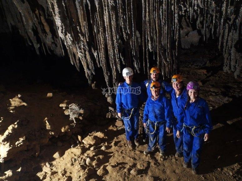 Formaciones en la cueva de Cayuela