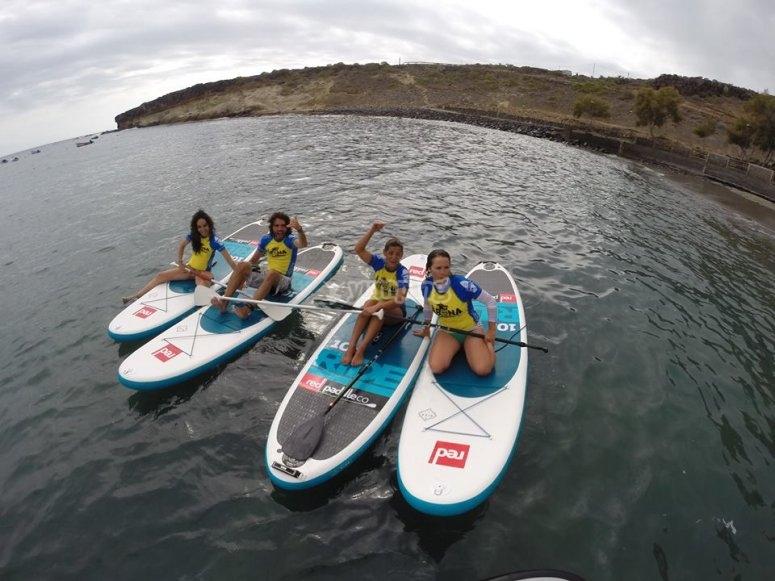 Grupo de paddle surf