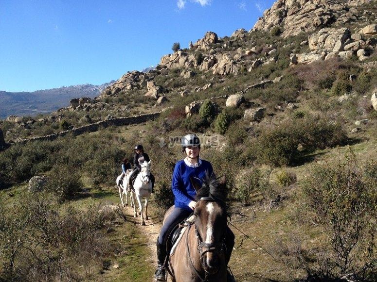 Sessione di equitazione a La Pedriza