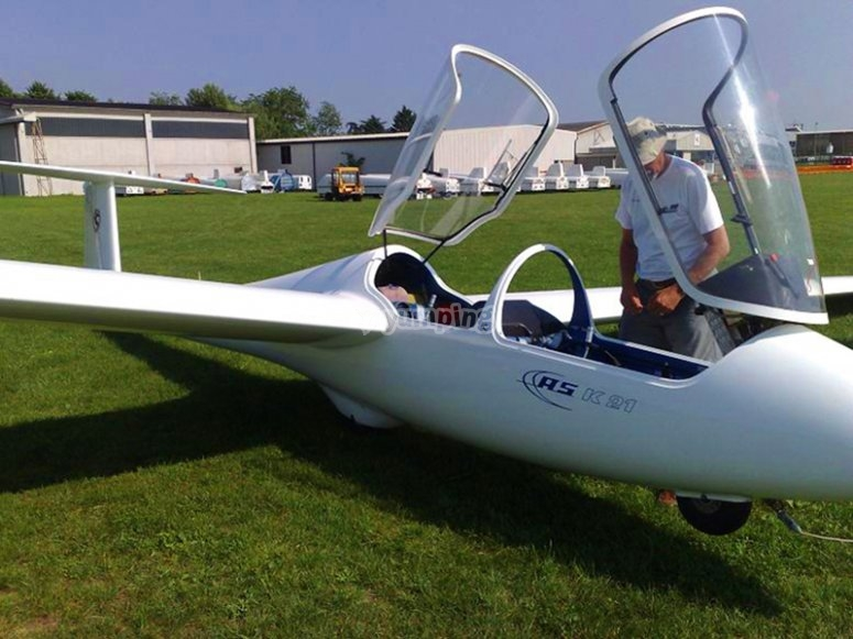 Pilota un planeador