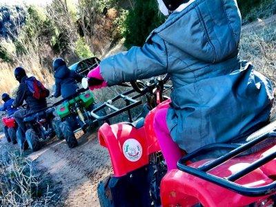 骑自行车和电动四轮车在Cofrentes 3h