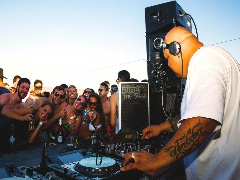 DJ residentes