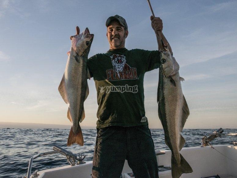 Con los peces capturados