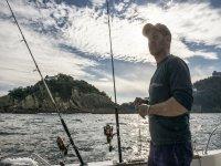 Con el material de pesca