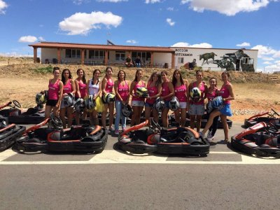 Despedida soltero en Martinamor karts y paintball