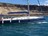 特内里费岛海岸的帆船