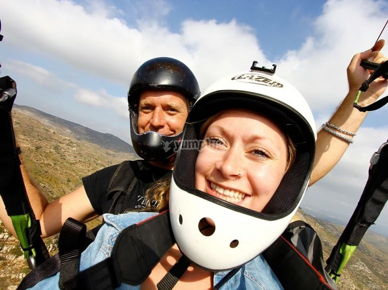 Volando con instructor de parapente