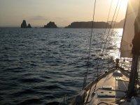 Atardecer en velero en la Costa Brava