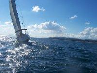 En alta mar en la Costa Brava