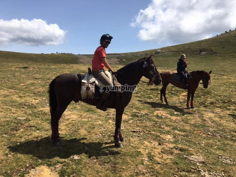 Journey by horse in Montseny