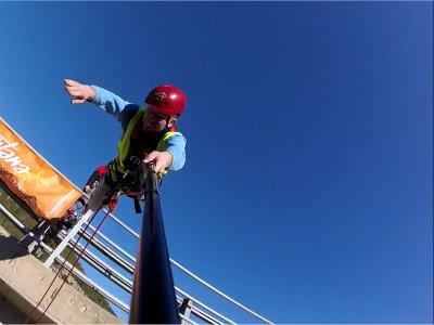 Bungee jumping a Montserrat offre mezzogiorno / pomeriggio
