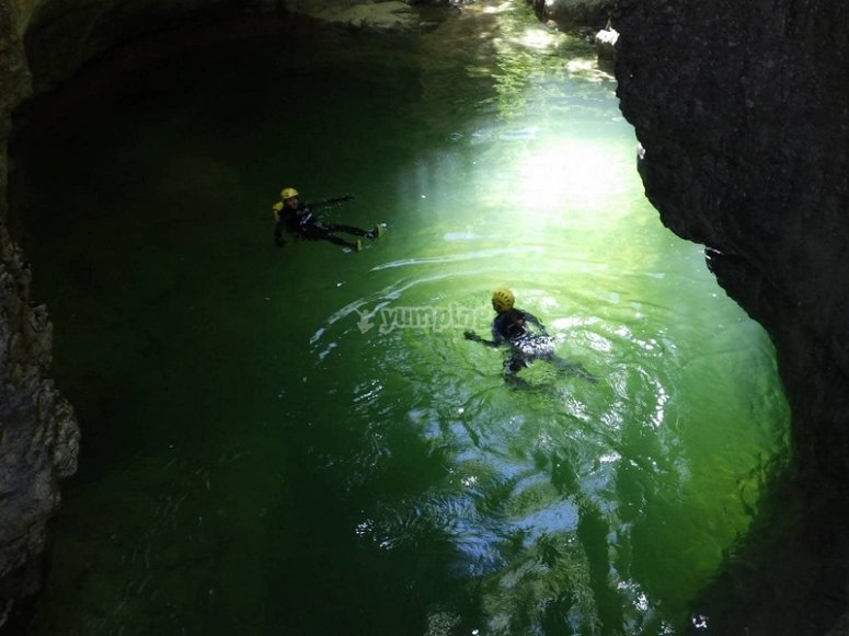 Canyoning session in Miraval