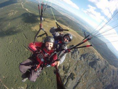 Vuelo libre de montaña en Cebreros foto y vídeo