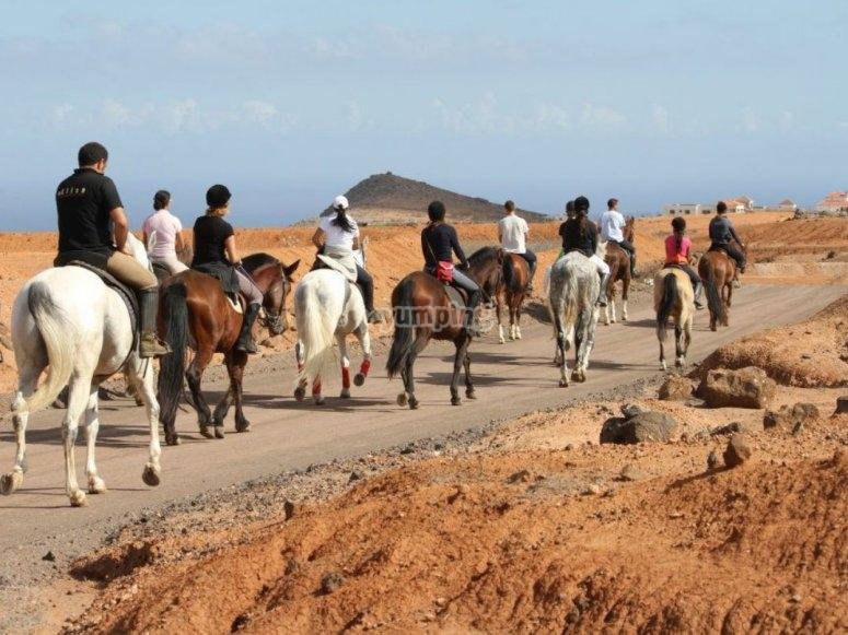 Salida a caballo desde Tetir
