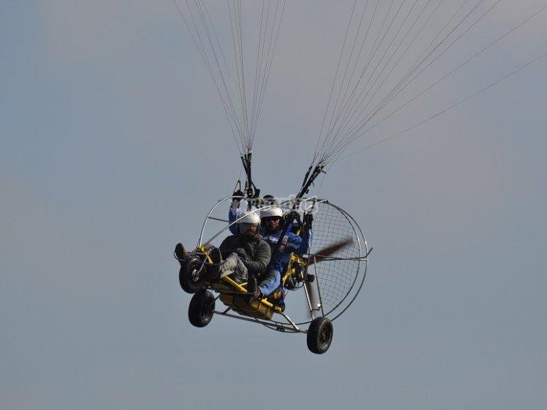 Experiencia de vuelo en paratrike en La Rioja