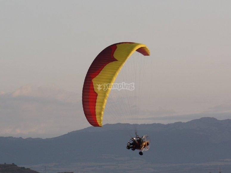 Paratrike volando en La Rioja