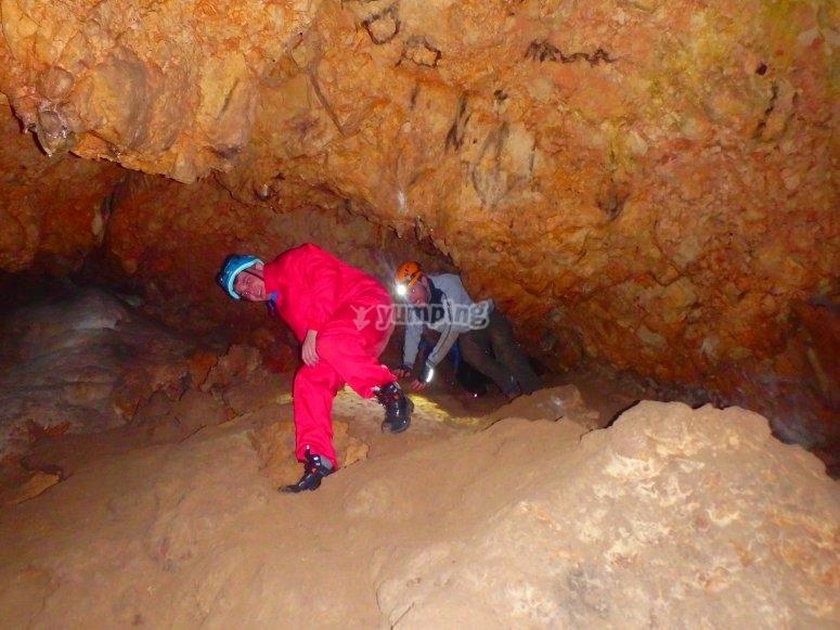 Expora las cuevas