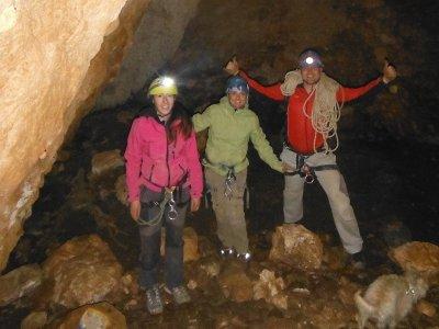 Iniziazione speleologica a Sima Simarro e foto