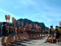 Kayakers preparing the departure in la Llosa