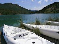 Todo preparado para la salida en kayak