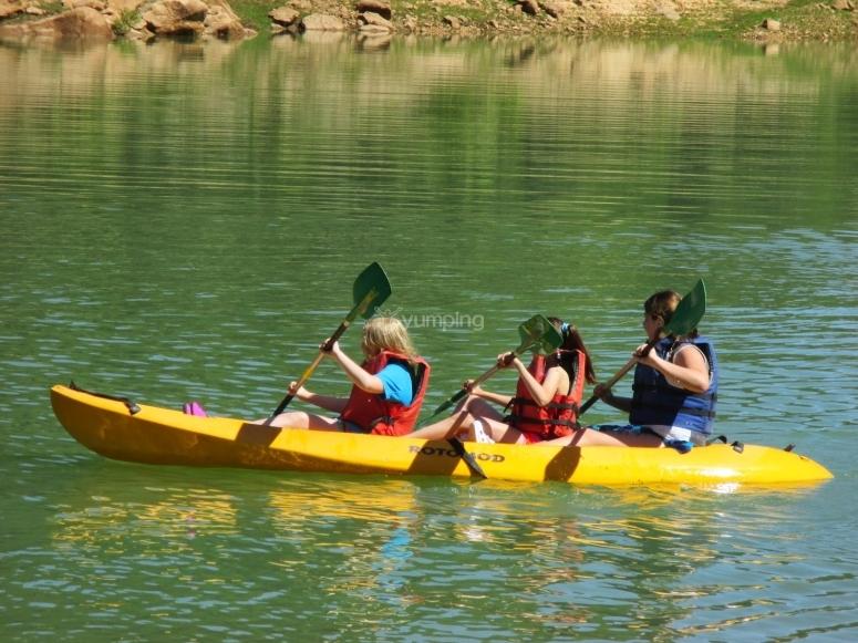 Kayak triple en pantano de San Juan