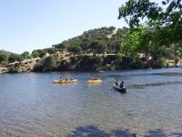 Alquiler de kayak de 3 plazas pantano San Juan 3h