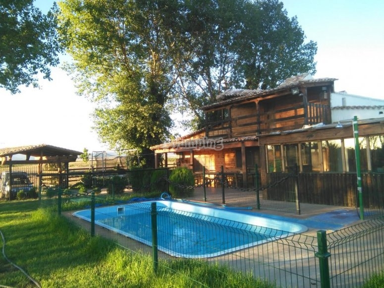 Piscina del campamento en Albacete