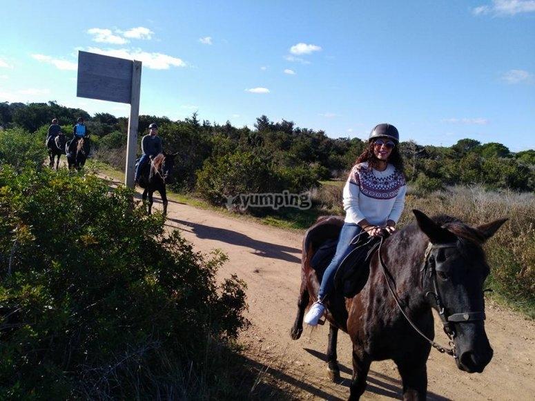 Saliendo a montar a caballo en Formentera