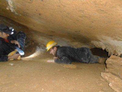 Ruta de espeleología en reserva de Urdaibai
