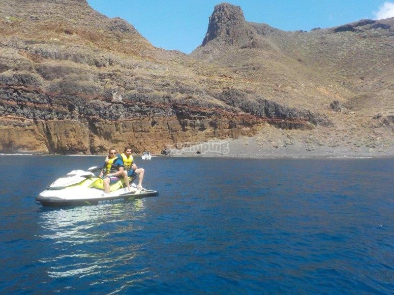 En moto nautica en la isla de Lobos