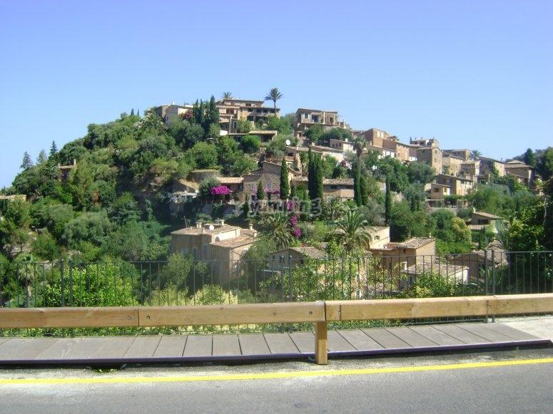 Deia村