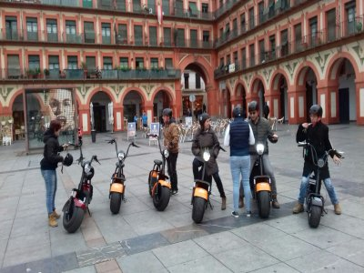 1h Guided Scooter Tour Through Córdoba