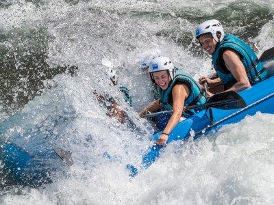 Rafting en Huesca para despedidas de soltero