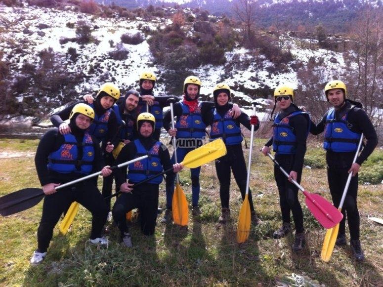 Preparazione per il rafting a Gredos