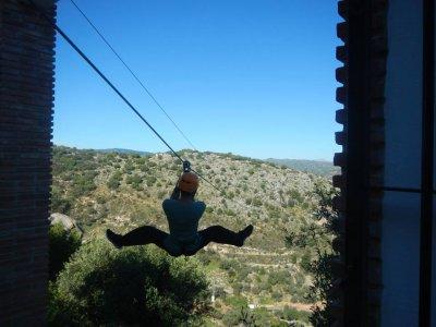 Tirolina de anclaje natural en Málaga 436 metros