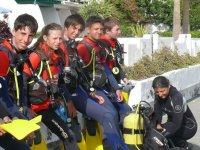 等待潜水课程