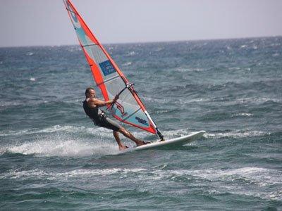 Calima Surf  & Kitesurf Lanzarote Windsurf