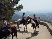 Con los caballos en el mirador