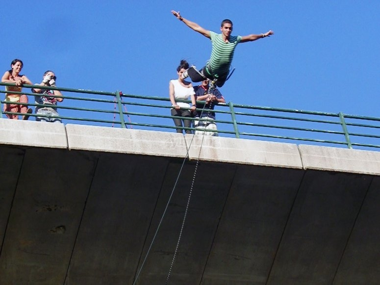 Try bungee jumping in Arbo