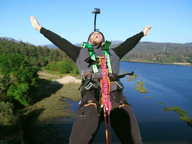 Backwards bungee jump in Arbo