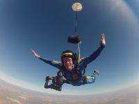 Salto di paracadutismo per corso AFF a Siviglia