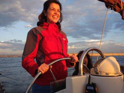 Cours Naviguer dans un bateau scolaire de 16 heures dans les Asturies
