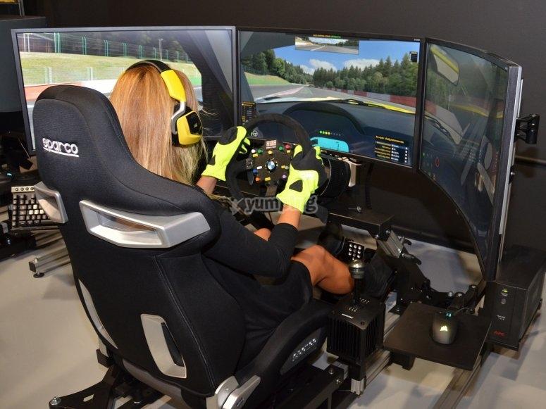 Pilotando en el simulador