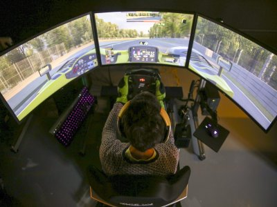 Racing Simulator in Las Rozas, 30-Minute Voucher