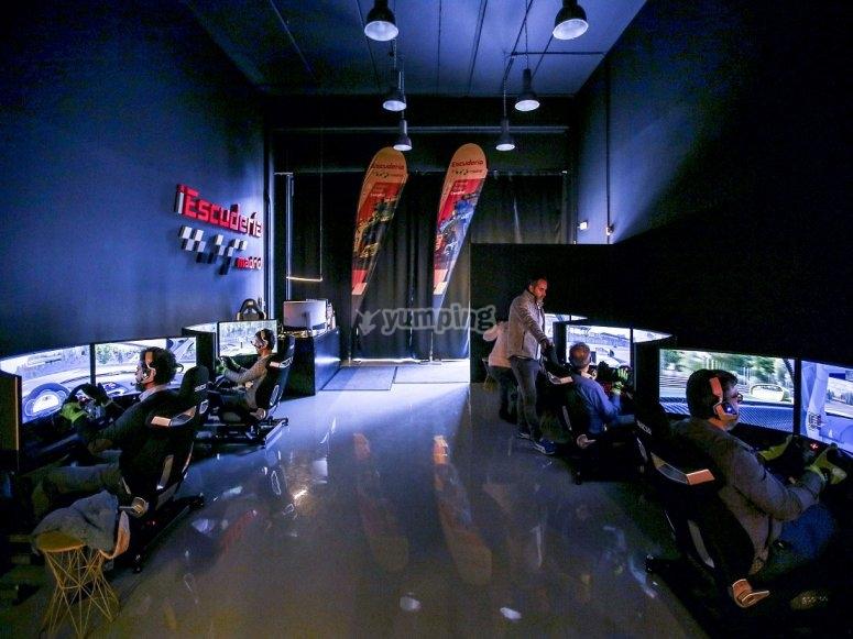 Sala de simuladores de competicion