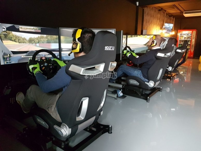 Competition cars in simulator